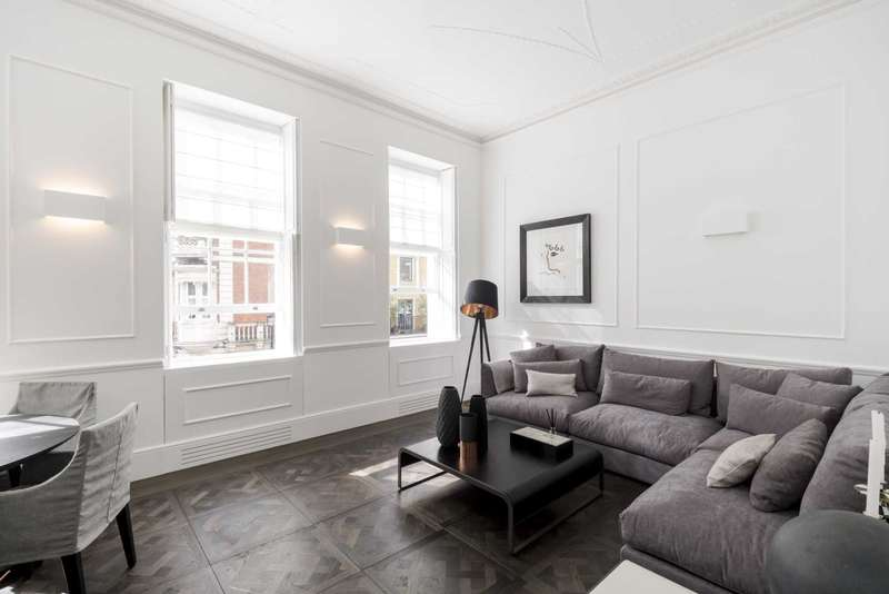 2 Bedrooms Apartment Flat for sale in Hinde Street, London W1U