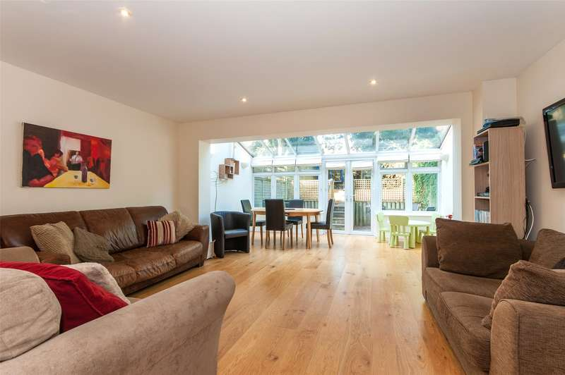 4 Bedrooms House for sale in Caberfeigh Close, Redhill, RH1