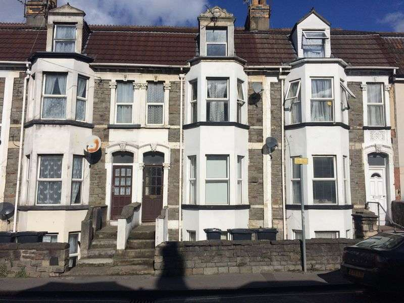 2 Bedrooms Flat for sale in Clouds Hill Road, Bristol