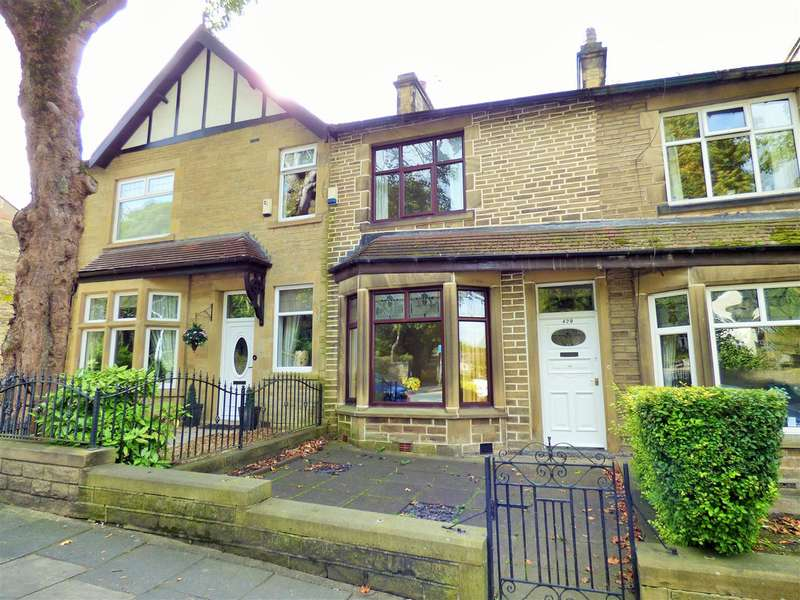 3 Bedrooms Terraced House for sale in Padiham Road, Burnley