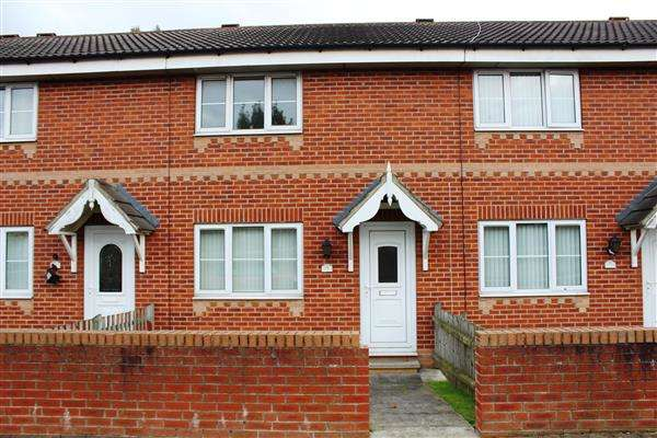 2 Bedrooms Town House for sale in Barnsley Road, Hemsworth