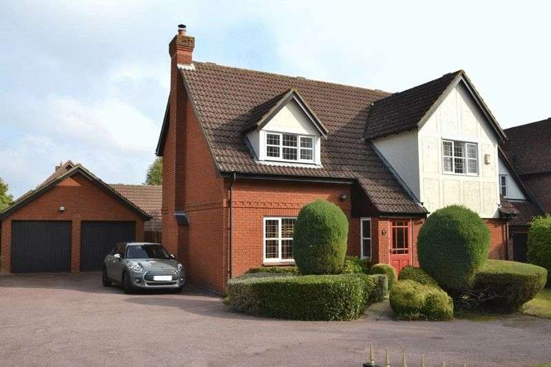 4 Bedrooms Detached House for sale in NORTH TONBRIDGE