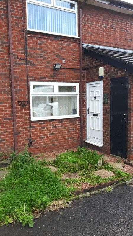 1 Bedroom Flat for sale in Avon Street, Oldham