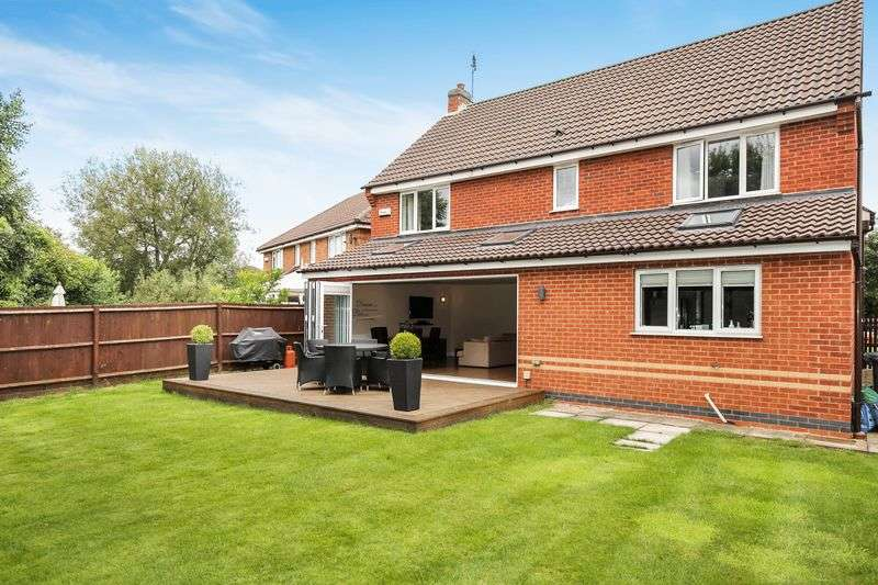 4 Bedrooms Detached House for sale in King Richard Way, Ashby-De-La-Zouch, Leicestershire, LE65 1LD