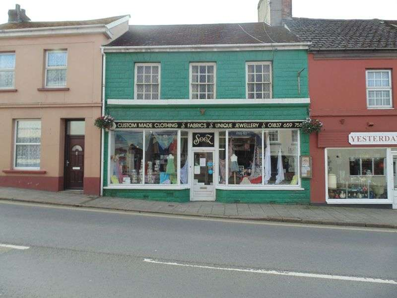 3 Bedrooms Property for sale in Okehampton