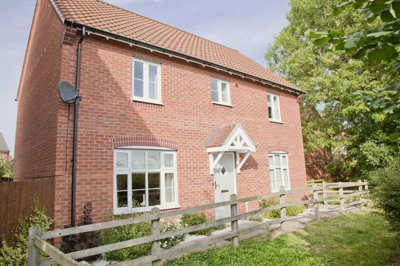 4 Bedrooms Detached House for sale in Leveret Chase, Witham St Hughs, Lincoln