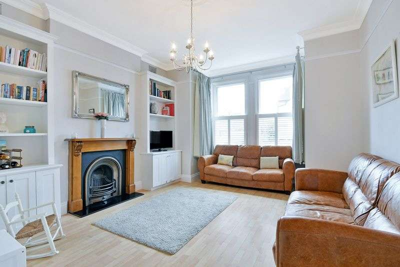 2 Bedrooms Flat for sale in Tankerville Road, Streatham Common, London