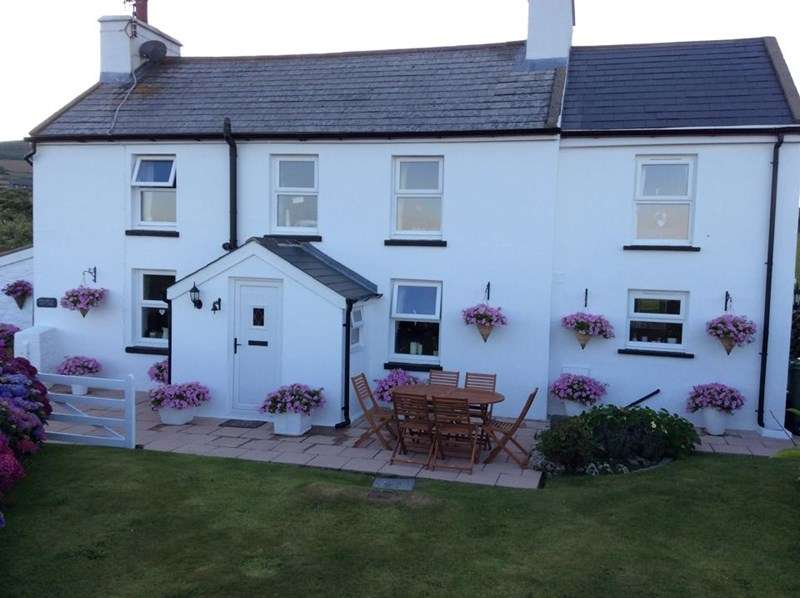 3 Bedrooms Property for sale in Ballakilpheric, Colby, IM9 4BR