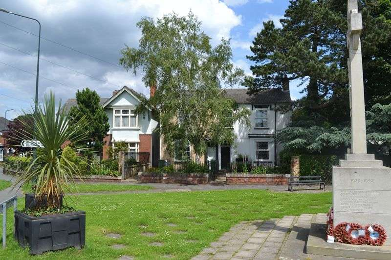 3 Bedrooms Flat for sale in Cheapside, Waltham