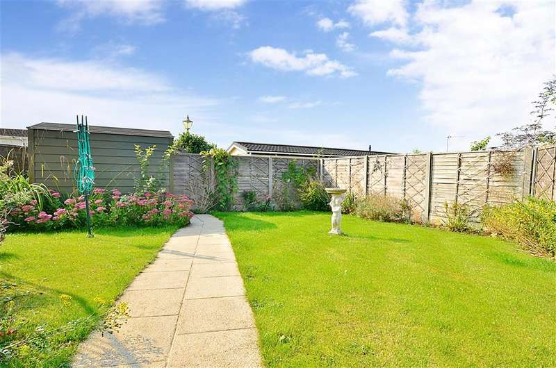 2 Bedrooms Park Home Mobile Home for sale in Boxhill Road, Tadworth, Surrey