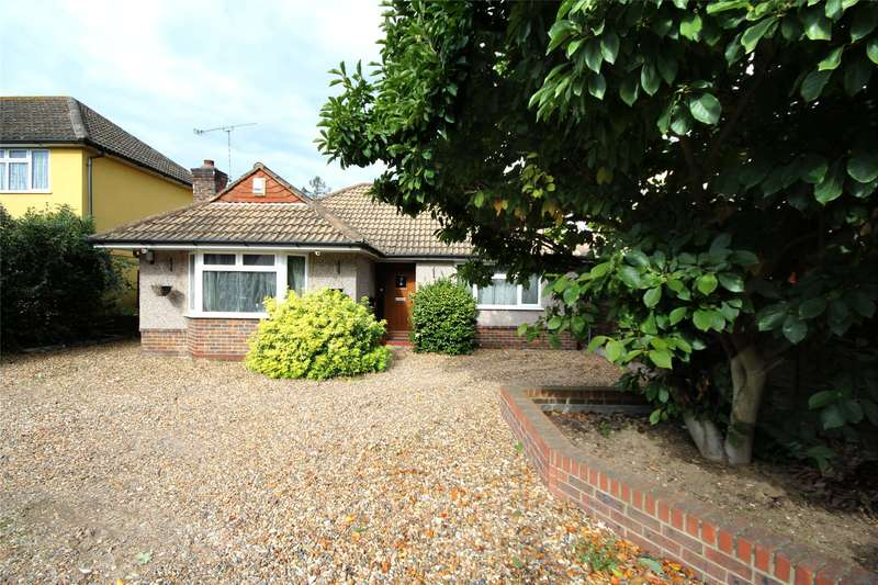 2 Bedrooms Detached Bungalow for sale in Crockford Park Road, Addlestone, Surrey, KT15