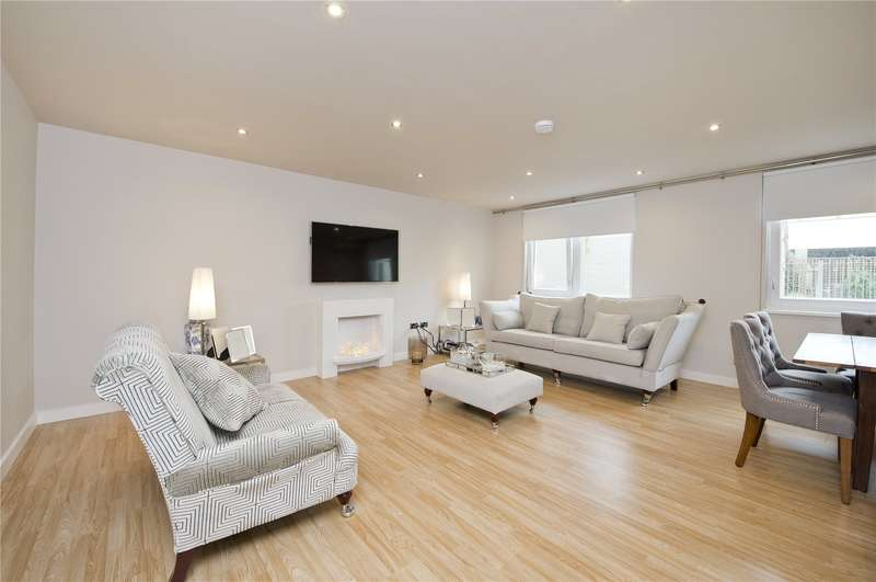 2 Bedrooms Ground Flat for sale in Garden Road, Richmond, TW9