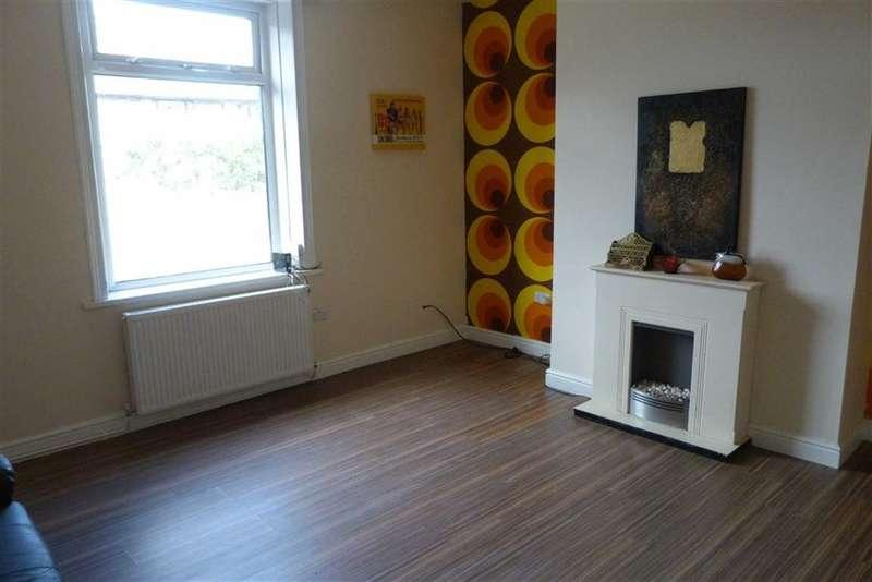 2 Bedrooms Property for sale in 85, Ravensknowle Road, Moldgreen, Huddersfield