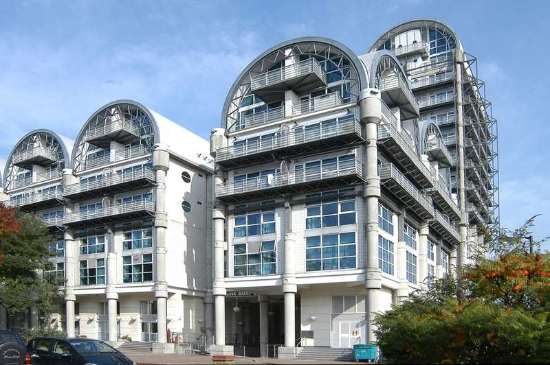 1 Bedroom Flat for sale in Baltic Quay, Rotherhithe, SE16
