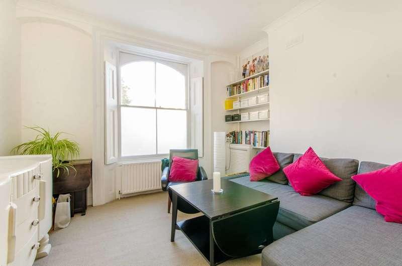 1 Bedroom Flat for sale in St Peter's Street, Islington, N1