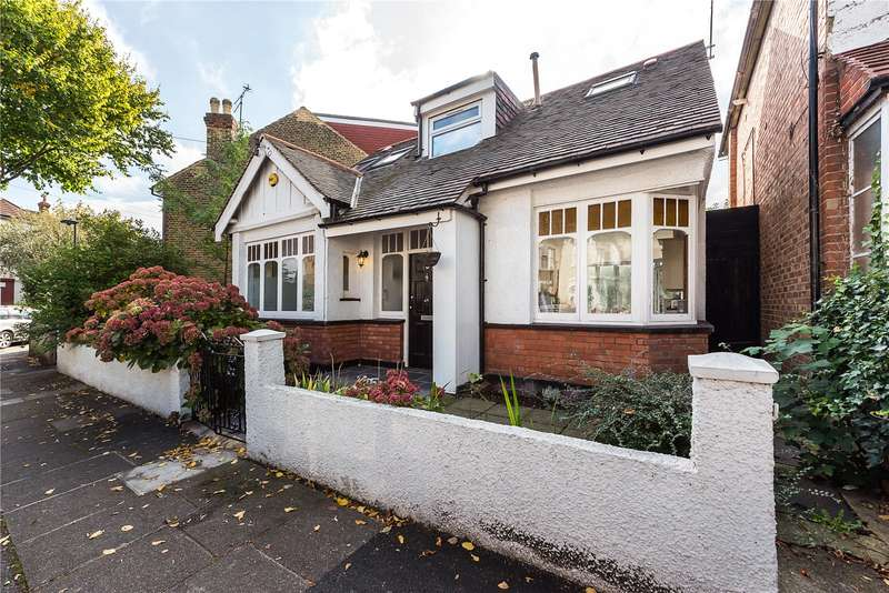 4 Bedrooms Detached House for sale in Shalstone Road, Mortlake, London, SW14