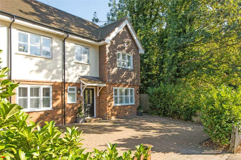 5 Bedrooms Semi Detached House for sale in Leatherhead Road, Oxshott, Leatherhead, Surrey, KT22