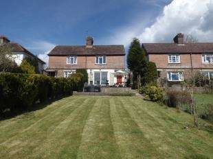 2 Bedrooms Semi Detached House for sale in Rothermead, Mayfield, East Sussex