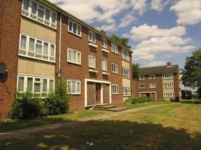 3 Bedrooms Apartment Flat for sale in Woodhouse Road, London