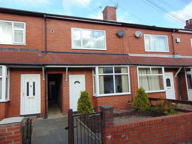 2 Bedrooms Terraced House for sale in St. James Avenue, Woolfold