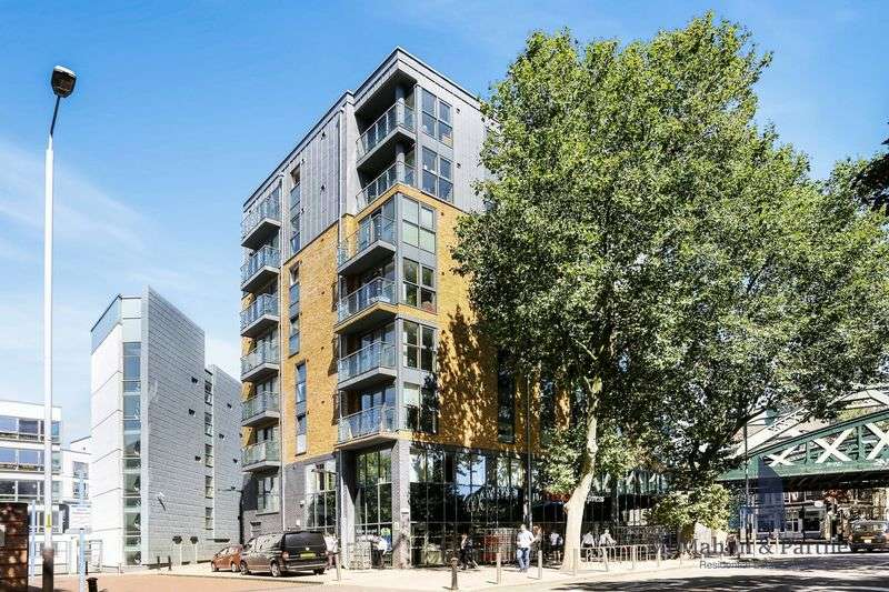 1 Bedroom Flat for sale in Borough Road, London