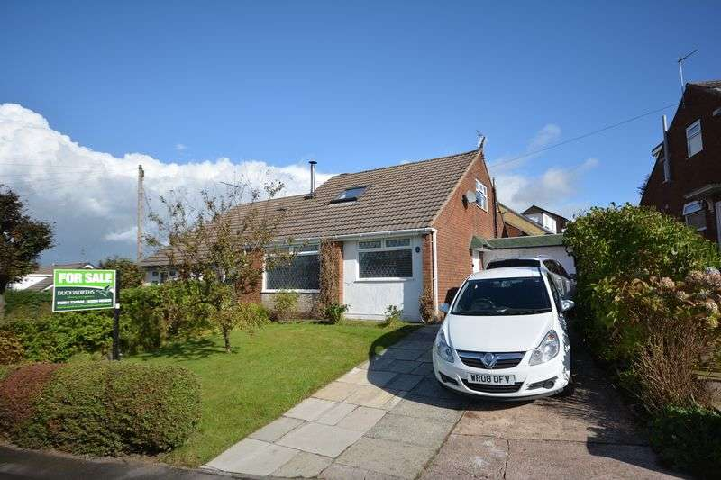 3 Bedrooms Semi Detached Bungalow for sale in Shelley Drive, Baxenden