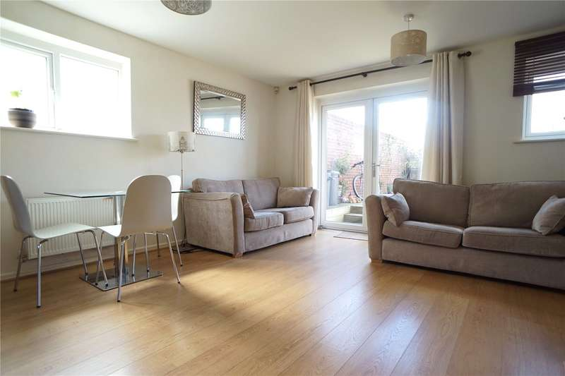 2 Bedrooms End Of Terrace House for sale in Wellesley Corner, Northfleet, Gravesend, Kent, DA11