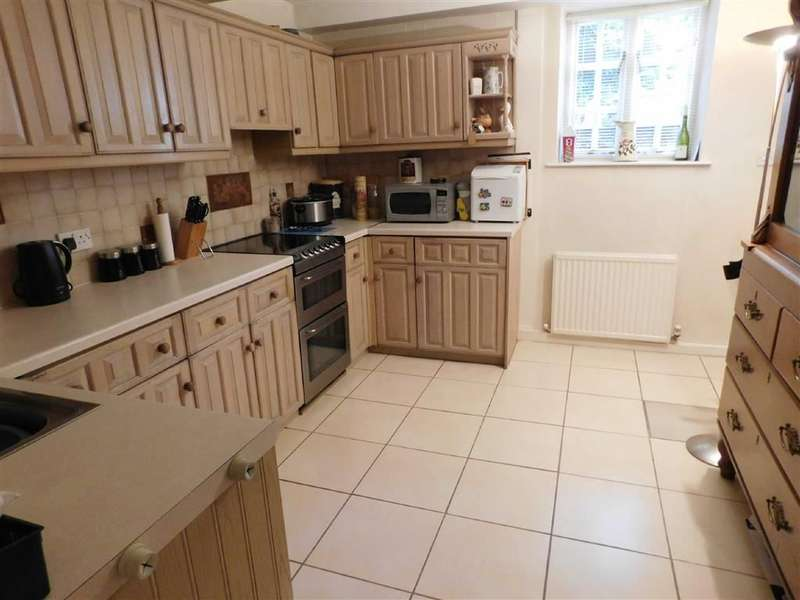 3 Bedrooms Cottage House for sale in Meal Street, New Mills, High Peak