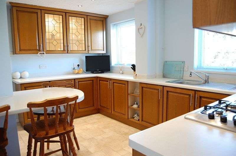 3 Bedrooms Terraced House for sale in ** WEST BACKING ** Ribblesdale, The Shires, Wallsend