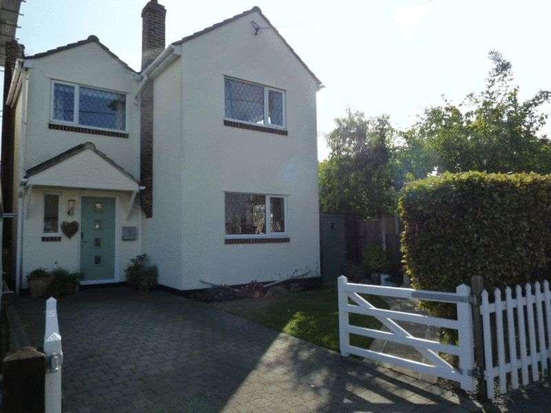 4 Bedrooms Detached House for sale in Woodrolfe Road, Tollesbury