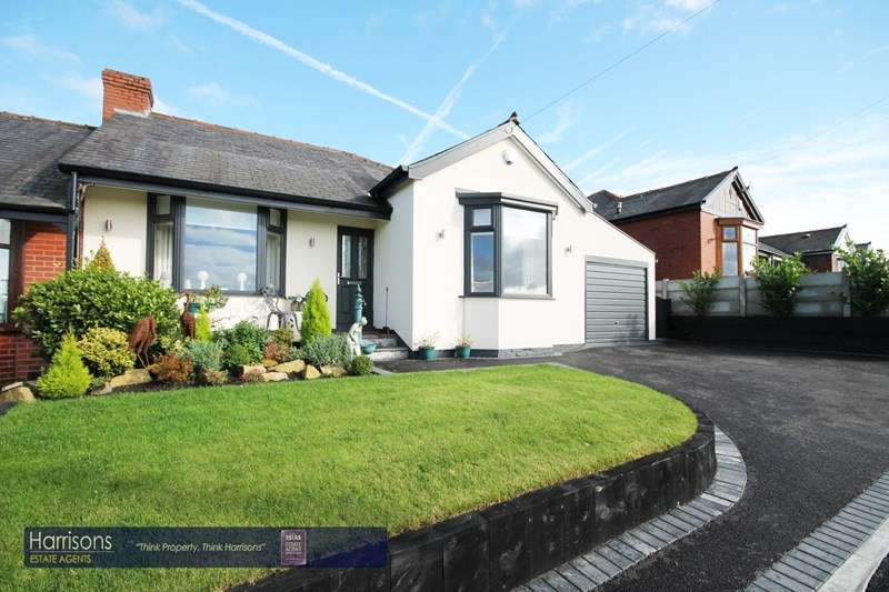 3 Bedrooms Semi Detached Bungalow for sale in Horriddge Fold Ave, Over Hulton, Bolton, Lancashire.