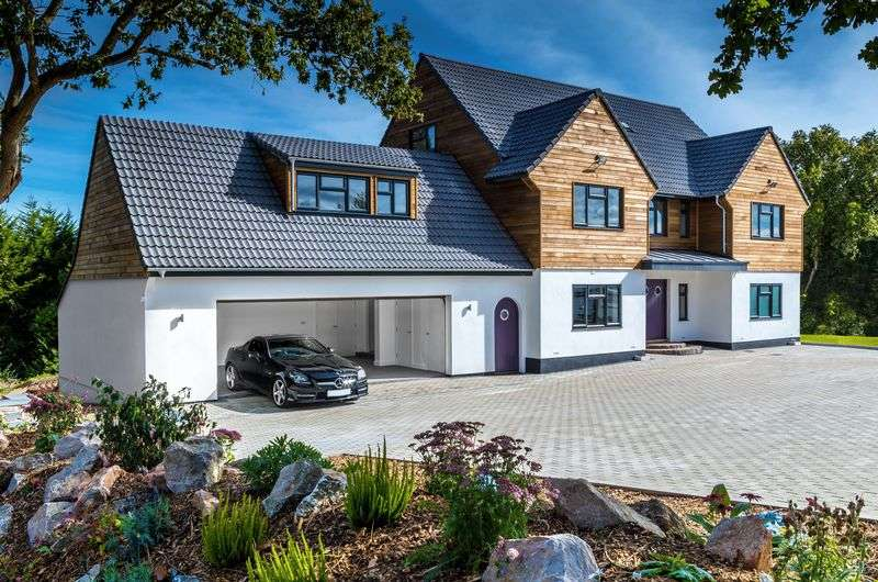 6 Bedrooms Detached House for sale in Hulham Road, Exmouth