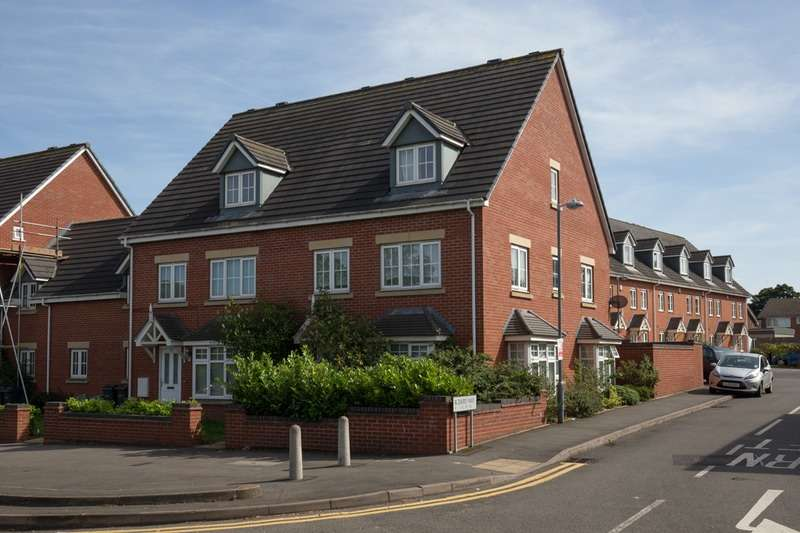 6 Bedrooms Semi Detached House for sale in Island Road, Birmingham, West Midlands, B21