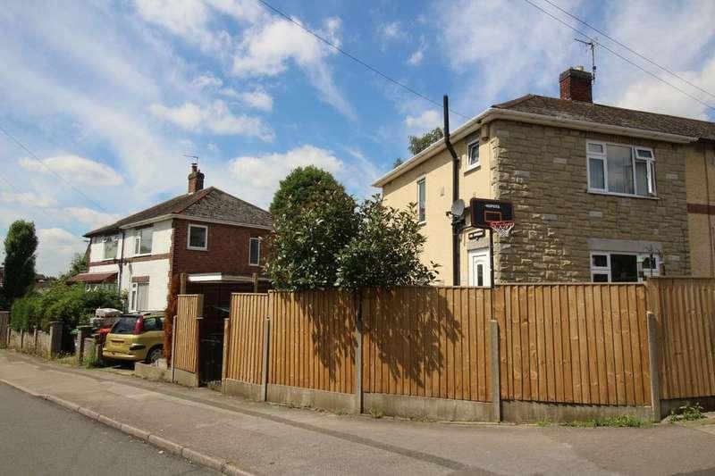 3 Bedrooms Semi Detached House for sale in Rockwood Crescent, Hucknall, Nottingham, NG15