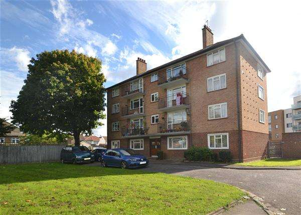 2 Bedrooms Apartment Flat for sale in High Street, Feltham