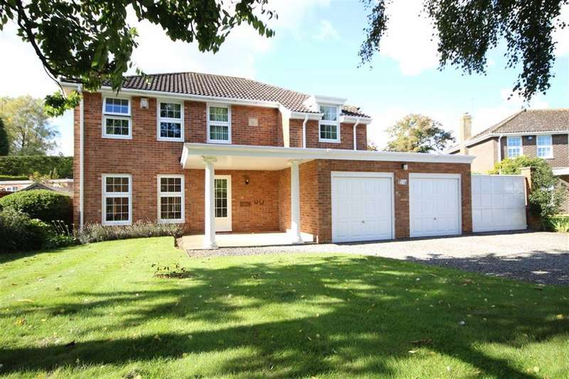 4 Bedrooms Property for sale in Leverton Gate, Broome Manor, Swindon