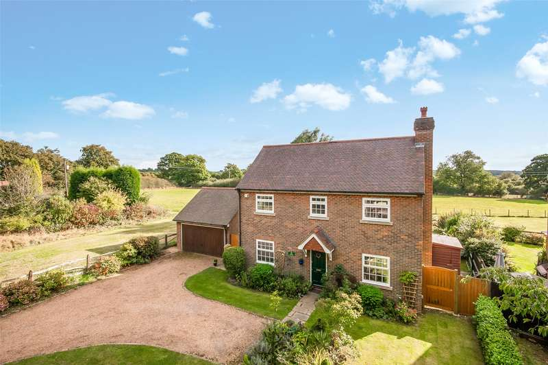 3 Bedrooms Detached House for sale in Capel Road, Rusper, RH12