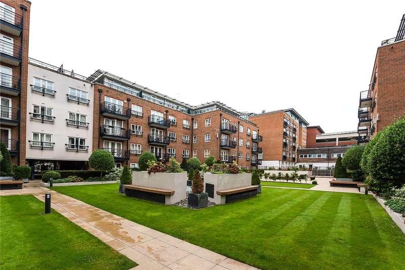 2 Bedrooms Flat for sale in Royal Quarter, Kingston upon Thames, KT2