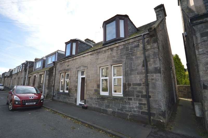 3 Bedrooms Flat for sale in Castleblair Park, Dunfermline, KY12