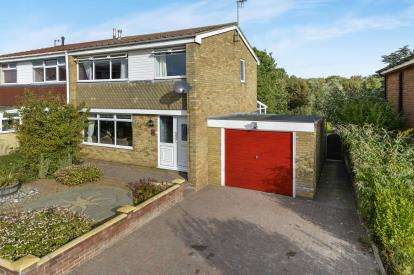 3 Bedrooms Semi Detached House for sale in St. Andrews Road, Whitby, North Yorkshire