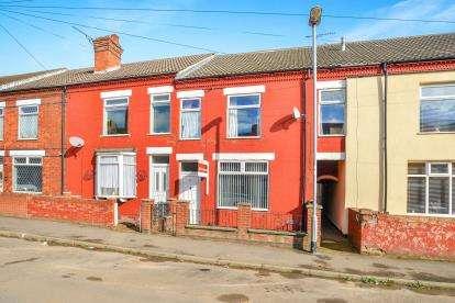 3 Bedrooms Terraced House for sale in Barker Street, Huthwaite, Sutton-In-Ashfield, Notts