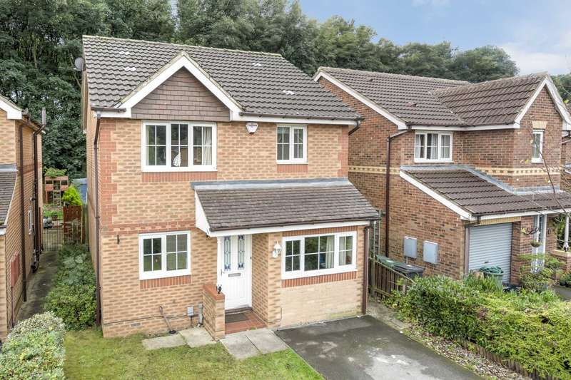 3 Bedrooms Detached House for sale in Old Mill View, Dewsbury
