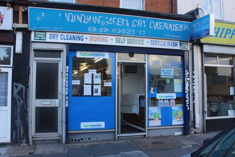 1 Bedroom Retail Property (high Street) Commercial for sale in High Street North, London