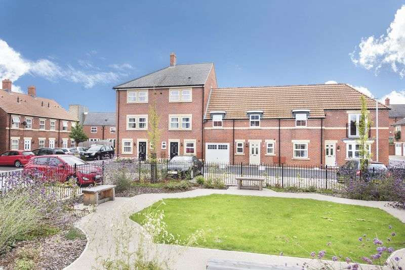 4 Bedrooms Terraced House for sale in St. James Gardens, Trowbridge