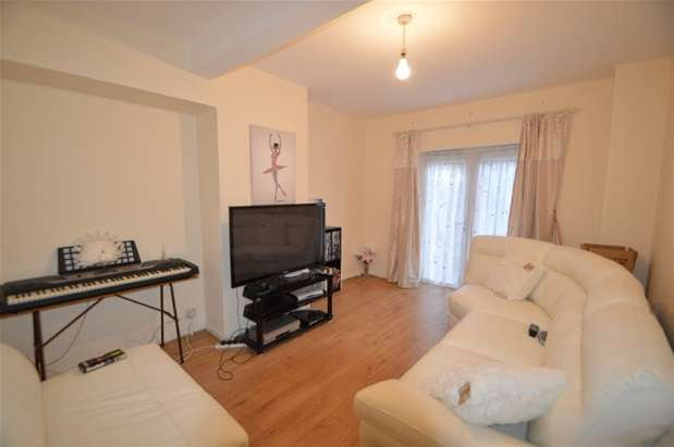 2 Bedrooms House for sale in Becontree Avenue, Dagenham