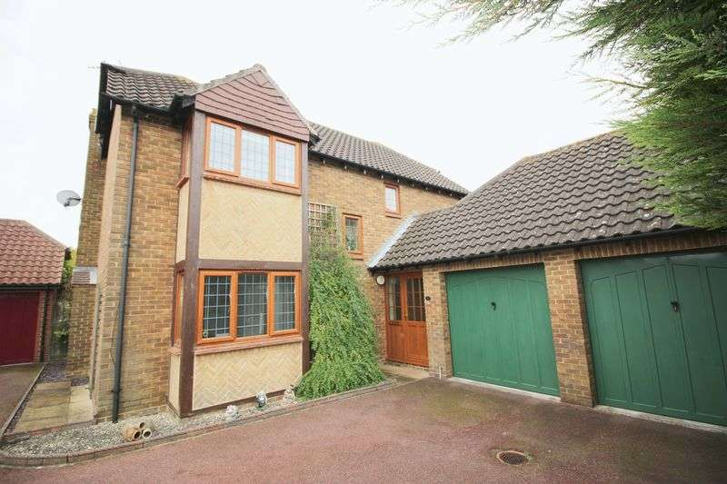 4 Bedrooms Detached House for sale in Wendover Close, Halling