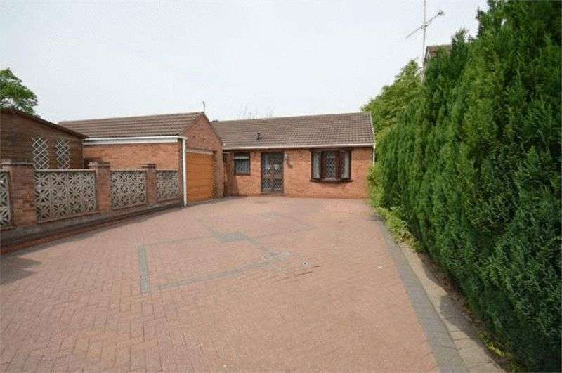 3 Bedrooms Detached Bungalow for sale in Flude Road, Coventry