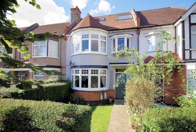 4 Bedrooms Terraced House for sale in QUEENS AVENUE, FINCHLEY, N3