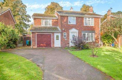 5 Bedrooms Detached House for sale in St. Guthlac Way, Fishtoft, Boston, Lincs