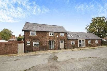 4 Bedrooms Barn Conversion Character Property for sale in Rhos Road, Penyffordd, Chester, Flintshire, CH4